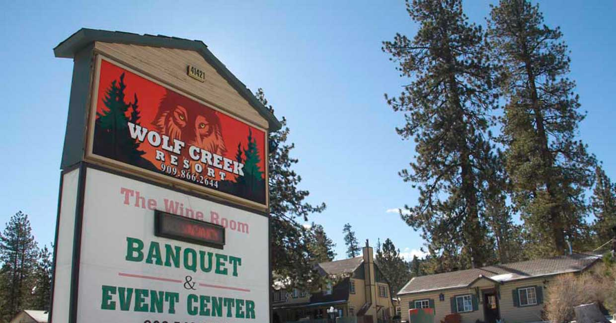 wolf creek resort front